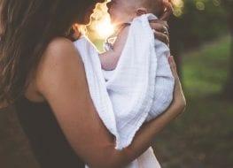Mamá y bebé - Mundo Bebé